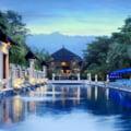 Un turist american risca doi ani de inchisoare in Thailanda dupa o recenzie pe Tripadvisor