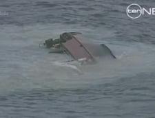 Un vas de pescuit s-a rasturnat in largul Australiei - pericol de poluare