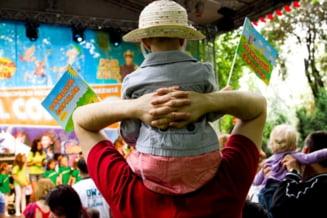 Unde mergi cu copilul de 1 iunie: Spectacole, jocuri si concursuri in Herastrau si Cismigiu