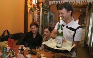 Unde putem manca si bea la caldura. Localitatile din Prahova care au scapat de scenariul rosu