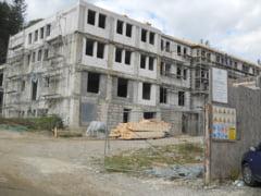 Unde se construieste cel mai mare spital de urgenta destinat, in principal, victimelor accidentelor petrecute pe DN1. Va deveni functional in 2022