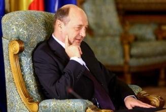 Unde sunt intelectualii lui Basescu? (Opinii)