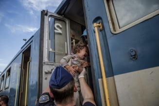 Ungaria a arestat mecanicul unui tren croat cu imigranti si a dezarmat politisti. Croatia neaga incidentul