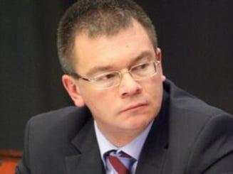 Ungureanu, atac la Antonescu: Habar n-are ce inseamna politica externa