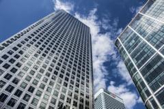 Uniunea Europeana cedeaza la presiunile SUA si amana introducerea unei taxe pentru corporatii
