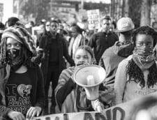 Universitatea Rutgers din Statele Unite vrea sa relaxeze regulile gramaticale ale limbii engleze in semn de solidaritate cu protestele Black Lives Matter