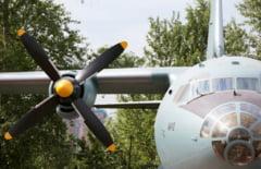 Unui avion i-a cazut o elice in zbor si a fost nevoit sa declare urgenta la bord (Video)