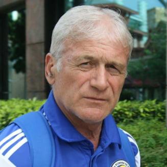 """Unul dintre cei mai mari fotbalisti romani, dat afara din casa in SUA si lasat pe strada. """"Vreau sa mor in Romania"""""""