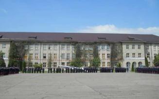 Unul dintre cele mai mari licee din Prahova, inchis din cauza cazurilor de COVID-19. In aceeasi situatie se afla si alte scoli din comuna Gorgota