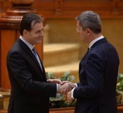 Urgenta bate legea? USR PLUS ii reproseaza lui Orban ca procedeaza ca Dancila, dupa ce a propus-o pe Valean direct la Bruxelles