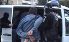 Urmarit international prins de politistii doljeni