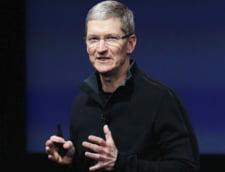 Urmasul lui Steve Jobs la conducerea Apple recunoaste: Sunt gay si mandru de asta