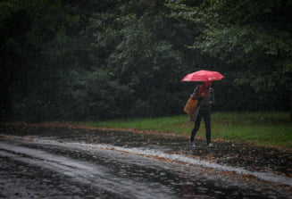 Urmeaza doua saptamani de ploi si vreme racoroasa in majoritatea regiunilor