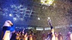 VIDEO - A venit CUPA la Sibiu. CSU a adus trofeul in fata fanilor - Atmosfera SUPERBA!
