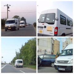 VIDEO - Zeci de copii din cartierul Mondial Bocsei, lasati la ocazie in frig! Doua autobuze ale societatii Meridian 22 sunt defecte, iar microbuzele transporta angajatii unei firme private