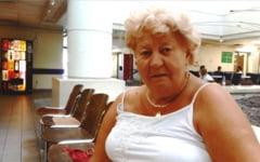 """VIDEO """"76 de operatii facute de un singur medic roman au fost refacute aici, in Ungaria"""". O fosta asistenta ii ajuta pe romani sa se trateze in spitalele maghiare"""