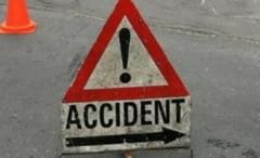 VIDEO: Copil neatent, lovit de o masina