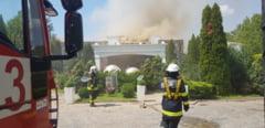 VIDEO. Incendiu violent la cea mai cunoscuta sala de evenimente din nordul Capitalei. Pompierii intervin cu 11 autospeciale de stingere