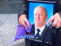 VIDEO: Incepe procesul in cazul asasinatului in stil mafiot din Vrancea. Sotia omului de afaceri, cu ochii in lacrimi