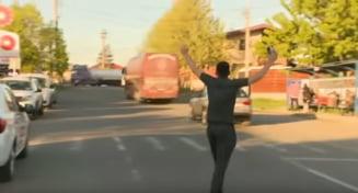 VIDEO. Ovidiu Hoban, UITAT de CFR Cluj la Clinceni. Jucatorul a alergat dupa autocar