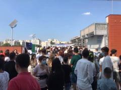 VIDEO Aglomeratie la un mall din Bucuresti. Eveniment cu peste 100 de copii, fara respectarea distantarii sociale