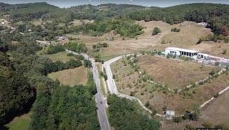 VIDEO CNAIR anunta castigatorul executiei lotului 4 al Autostrazii Sibiu - Pitesti. Contract de 2 miliarde de lei pentru constructia unui tunel de 1,3 km
