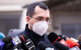 """VIDEO Ce a raspuns Vlad Voiculescu la TVR referitor la investigatia Ziare.com despre debandada vaccinarii: """"Asta e realitatea: e o tara relativ mare"""""""