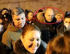 VIDEO Cine este interlopul Sorin Palesica, garda de corp a senatoarei Sosoaca la protestele minerilor din Valea Jiului. A fost condamnat la sapte ani de inchisoare