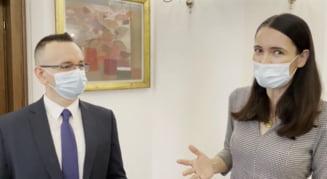 VIDEO Clotilde Armand l-a prezentat pe noul City Manager al Sectorului 1. CV-ul si cariera lui Ciprian Barna