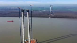 VIDEO Continua lucrarile la podul de la Braila: Au fost finalizate exproprierile suplimentare si a fost emisa decizia privind acordul de mediu