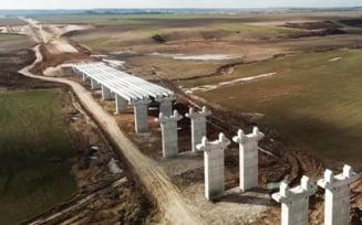 VIDEO Contract de peste 600 de milioane de lei pentru un tronson al Drumului Expres Craiova-Pitesti castigat de o firma romaneasca. Cand trebuie finalizate lucrarile
