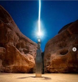 VIDEO/FOTO A fost elucidata ciudata disparitie a misteriosului monolit din Utah. A fost demontat si transportat cu o roaba