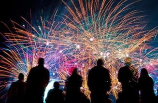 VIDEO FOTO Cu ce artificii avem voie sa ne distram de Revelion si ce se intampla cu petardele confiscate de politie