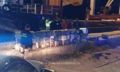 VIDEO Focuri de arma in Portul Constanta pentru prinderea unor marinari sirieni suspectati de contrabanda cu tigari
