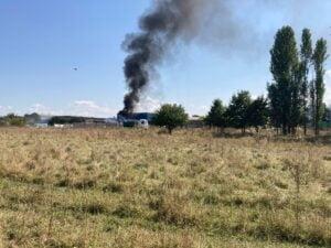 VIDEO Incendiu, acum, in zona Silnef!