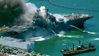 VIDEO Incendiu de proportii la bordul unei nave militare americane. A avut loc si o explozie