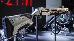 "VIDEO Kalasnikov vrea sa lanseze o arma ""conectata, pentru hipsteri"". Modelul MP-155 Ultima va costa peste 1.000 de euro"