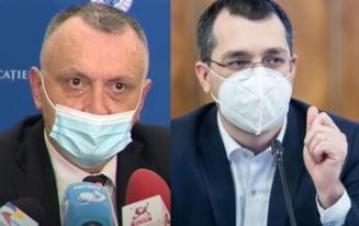"""VIDEO Ministrul Sorin Cimpeanu: """"Am semnat ordinul pentru schimbarea programei de examene"""". Voiculescu: """"Vor exista teste rapide la nivelul scolilor, este necesar acordul informat al parintilor"""""""
