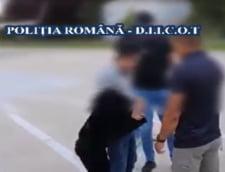 VIDEO Politia face publice imaginile de la capturarea unui mafiot mexican prins in Romania si trimis sa fie judecat in SUA