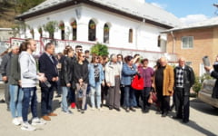 "VIDEO Povestea romanilor din Bulgaria, veniti in vizita pe pamant romanesc: ""A avut dorime in sufletu' lor catre Romania, chiar daca era sistemu' atunci asa... """