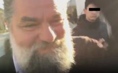 """VIDEO Preot acuzat ca a stricat cununia unor tineri: """"A agresat verbal nuntasii si mi-a spart telefonul"""""""