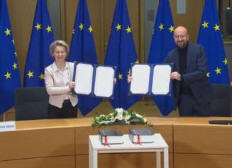VIDEO Presedinta Comisiei Europene si presedintele Consiliului UE au semnat acordul comercial post-Brexit