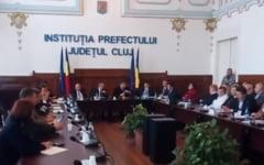 """VIDEO Presedintele CJ Cluj s-a certat doua ore cu prefectul pentru Pata Rat, fara rezultat: """"Sunteti un incompetent. Ministrul Mediului, o ratusca"""""""