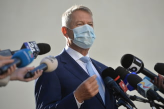 VIDEO Presedintele Klaus Iohannis, dupa vizita la Call Center-ul DSP Bucuresti: Medicii fac minuni, dar haideti sa fim solidari cu sutele si miile de voluntari