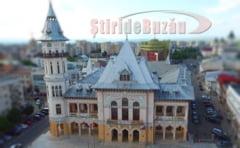 VIDEO Primarul Buzaului anunta amanarea deschiderii pentru public a turnului Palatului Comunal