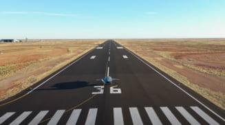 VIDEO Primul test de zbor al unui avion de lupta fara pilot, realizat de Boeing si Fortele Aeriene australiene