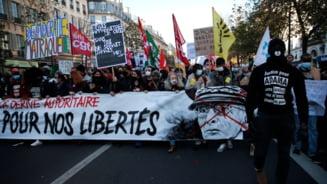 """VIDEO Proteste de amploare in Franta impotriva unui articol controversat din proiectul legii """"securitatii globale"""""""