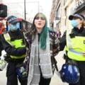 VIDEO Proteste fara masca la Londra. Politistii au arestat zeci de persoane
