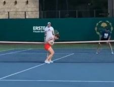VIDEO Schimb de mingi fabulos intre Simona Halep si antrenorul Cahill. Cine a castigat punctul