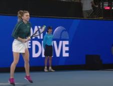 VIDEO Simona Halep a inceput anul cu dreptul. Victorie cu Ashleigh Barty, la turneul de la Adelaide